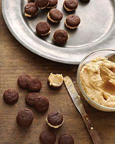 Chocolate- Caramel Sandwich #dessert #cookies
