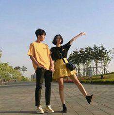 ulzzang couple uploaded by luiza on We Heart It Fashion Couple, Look Fashion, Korean Fashion, 90s Fashion, Fashion Dresses, Matching Couple Outfits, Matching Couples, Cute Korean, Korean Girl