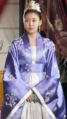 Korean Actresses, Korean Actors, Actors & Actresses, Traditional Fashion, Traditional Outfits, Empress Ki, Fantasy Couples, Ha Ji Won, Korean Drama Movies