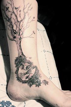 Fox under oak. Photo and tattoo by Noel'le Longhaul of Providence, RI.