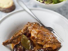 Recette de cuisine Marmiton Pork, Chicken, Desserts, Bouquet Garni, Concepts, Main Courses, Delaware, Princesses, Sauces