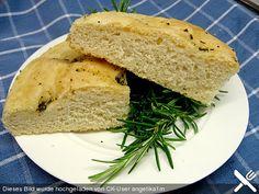 Brot mit Grieß und einem feinen Olivenölgeschmack