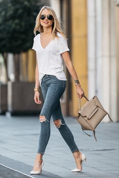 Fashion Jackson, Dallas Blogger, Fashion Blogger, Street Style, White Tshirt, Topshop Denim Ripped Skinny Jeans, Christian Louboutin White Pumps, Celine Belt Handbag, Celine Aviator Sunglasses