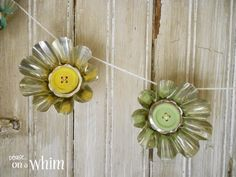 Jello Mold Spring Daisy Garland with Wooden Button Centers