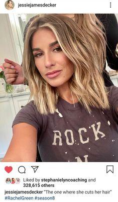 Cut Her Hair, Hair Color And Cut, Hair Cuts, Blonde Hair Looks, Brown Blonde Hair, Hair Affair, Up Girl, Great Hair, Gorgeous Hair