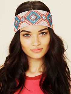New Headband Trends for Summer - It will take only a minute to glam up your 'do if you embrace the following new headband trends for summer. Find out how to wear the trendiest hair accessories of the season!