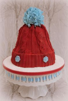 winter wooly knitted hat cake by Lynette Brandl Christmas Cake Designs, Christmas Cake Decorations, Holiday Cakes, Christmas Cakes, Xmas Cakes, Christmas Stuff, Knitting Cake, Sewing Cake, Realistic Cakes