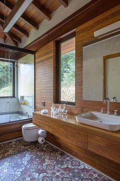Precious Tips for Outdoor Gardens - Modern Interior Design Living Room Warm, House Goals, Bathroom Interior, Bathroom Inspiration, Vintage Home Decor, Interior And Exterior, Exterior Paint, Exterior Design, Future House