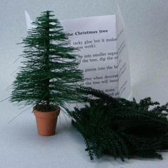 Kit from the U.K Cancer Society to Make a Realistic Miniature Christmas Tree - Photo ©2007 Lesley Shepherd, Licensed to About.com Inc.