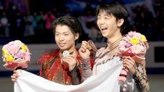 Champion Yuzuru Hanyu and runner-up Tatsuki Machida pose with their medals at the World Figure Skating Championships at Saitama Super Arena on March 28. (Yusaku Kanagawa)