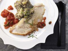 Rochenflügel mit Kapernsauce und Oliven-Kartoffelpüree: Rochenflügel mit brauner Butter gehört zu den Klassikern der nordfranzösichen Küche.