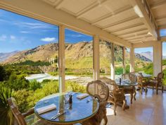Read real reviews, guaranteed best price. Special rates on Nugget Point Queenstown Hotel in Queenstown, New Zealand.  Travel smarter with Agoda.com. Queenstown Hotel, New Zealand, Room, Travel, Bedroom, Trips, Viajes, Traveling, Rum