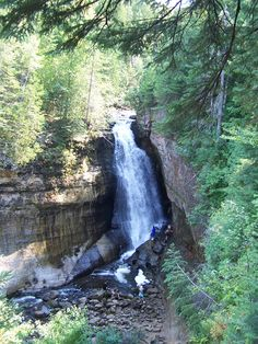 Miner Falls, Michigan