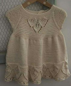 Girls knit dress models Source by Baby Knitting Patterns, Baby Dress Patterns, Knitting For Kids, Crochet For Kids, Free Knitting, Crochet Baby, Knit Crochet, Girls Knitted Dress, Knit Baby Dress