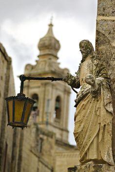 """""""The Silent City"""", Mdina, Malta Copyright: Dan Bachmann Malta Gozo, Capital Of Malta, Malta Valletta, Malta Island, Saint Jean, Europe, Historical Sites, Great Places, Lanterns"""