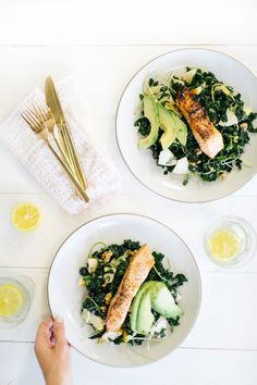 This salmon and kale salad packs all your superfoods into one majorly delicious lunch! | via Camille Styles