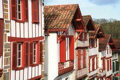 La Bastide-Clairence   Les plus beaux villages de France - Site officiel