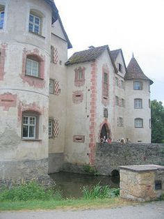 Palaces and Castles in the Black Forest -Moated Castle Glatt