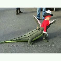 Awesome Costume Idea: Captain Hook Getting Eaten by Tick Toc.- Awesome Costume Idea: Captain Hook Getting Eaten by Tick Tock Crocodile!… Cool… Awesome Costume Idea: Captain Hook Getting Eaten by Tick Tock Crocodile! Halloween Costume Contest, Couple Halloween, Holidays Halloween, Halloween Costumes For Kids, Baby Halloween, Disney Halloween, Disney Kids Costumes, Crochet Halloween Costume, Children Costumes