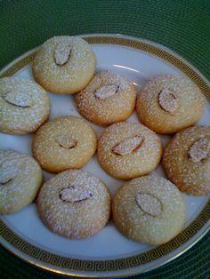 -- TheArmenianKitchen.com -- Everything about Armenian food: Kourabia Cookies - ala The Armenian Kitchen