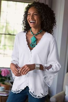 fa11c8d9a4 56 elképesztő kép a(z) blúz tábláról | Dresses, Fashion blouses és ...
