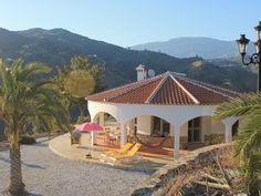 Huur een villa in Algarrobo, Costa del Sol - Malaga dichtbij de golfbaan met 3 slaapkamers. Voor een complete vakantie - HomeAway