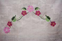 Etamin Seccade   Cross Stitch Diy And Crafts, Cross Stitch, Cross Stitch Rose, Punto De Cruz, Seed Stitch, Cross Stitches, Crossstitch, Punto Croce