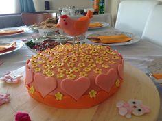 Babyshower cake bird