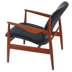 Finn Juhl Easy Chair Model 136  Denmark  1950's  FINN JUHL easy / lounge Chair Model 136 for FRANCE & SONS.