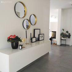 Bu ev modern ve çağdaş stillere göz kırpan, stil sahibi bir dekorasyona sahip. This house has a stylish decoration with modern and contemporary styles . Living Room Modern, Living Room Interior, Home Living Room, Living Room Designs, Living Room Decor, Bedroom Decor, Interior Livingroom, Contemporary Style Homes, Contemporary Decor