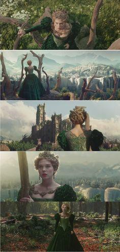 La belle et la bête (2014)  Léa Seydoux, Belle's green gown