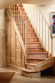Treppen und Schränke von Mathieu Montigny Under stairs storage Staircase Storage, Attic Stairs, Stair Storage, Home Stairs Design, Interior Stairs, House Design, Cottage Stairs, House Stairs, Attic Renovation