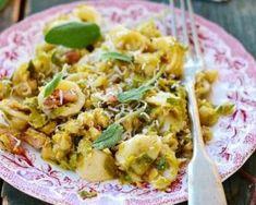 One pot pasta aux crevettes et aux choux de Bruxelles : http://www.fourchette-et-bikini.fr/recettes/recettes-minceur/one-pot-pasta-aux-crevettes-et-aux-choux-de-bruxelles.html