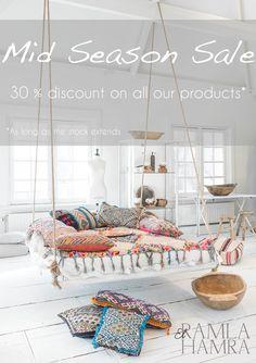 Moroccan Berber rugs | Kilim Pillows | Handira - El Ramla Hamra