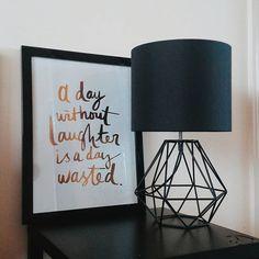 Um dia sem risadas é um dia perdido. ♡