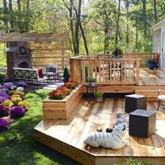 15 Before-and-After Backyard Makeovers A sprawling cedar deck and brick patio anchored by an outdoor fireplace and pergola provide ample space for alfresco dining and relaxing with friends or family. To soften all the hardscape, Chris Lambton and c Unique Garden, Hardscape Design, Patio Design, Small Backyard Landscaping, Landscaping Ideas, Decking Ideas, Pergola Ideas, Pergola Kits, Landscaping Software
