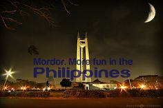 The Quezon Memorial Circle. Quezon City, Philippines. On some nights, it reminds me of Mordor from LOTR. Photo by Parc Cruz. #ItsMoreFunInThePhilippines