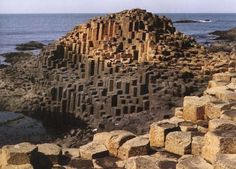 One of the most alluring geological wonders on this planet is the Giant's Causeway. Also known as Clochán an Aifir or Clochán na bhFómharach in Irish, this bewitching natural structure is located in County Antrim on the northeast coast of Northern Ireland