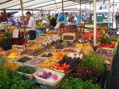 "Campo dei Fiori Market: The ""Field of Flowers"" | http://www.eatingitalyfoodtours.com/2014/03/10/campo-dei-fiori-food-market/"