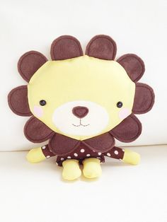 Lion Sewing Pattern - costs money, but keeping this one on my board for inspiration - loving the size of head to body ratio - cute