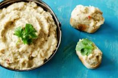 Eggplant Salad with Pine Nuts Eggplant Dip Recipes, Roasted Eggplant Dip, Eggplant Salad, Pesto, Smoked Fish Dip, High Calorie Snacks, Caviar D'aubergine, 15 Minute Meals, Salmon Dishes