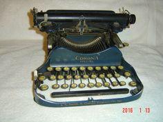Antique L C Smith & Corona Special FOLDING TYPEWRITER in BLUE Amazing survivor !