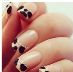 Leopard & glitter French nails