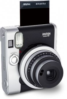 Fuji's Instax Mini Gets a Retro Refresh