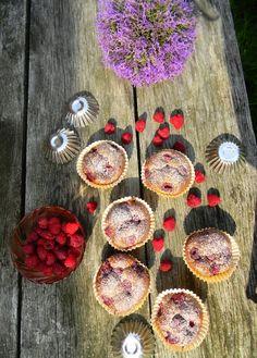 low fat muffins  http://dietetycznie-fantastycznie.blogspot.com/2014/09/dietetyczne-muffinki-z-maka-zytnia-i.html#.VB_Shvl_tS0