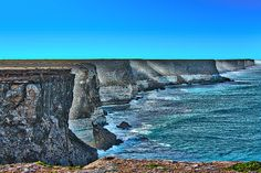 Australian Bight The beautiful rock cliffs of the Australian Bight
