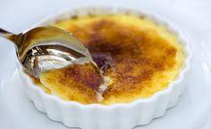 Crème brûlée do chef Erick Jacquin - http://superchefs.com.br/creme-brulee-do-chef-erick-jacquin/ - #CremeBrule, #CrèmeBrûlée, #Doces, #ErickJacquin, #Receitas