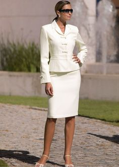 White Skirt Suit and White Ankle Strap High Heels Business Outfits, Business Attire, Business Dresses, Dress Suits, Skirt Suits, White Skirt Suit, Only Fashion, Womens Fashion, Suits For Women
