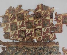 Medieval getting worse: Weaves, ways of sewing and embroidering in the Middle Ages Spanish Heritage, Medieval Clothing, 14th Century, Middle Ages, Spain, Old Things, Photo Wall, Textiles, Roman Empire