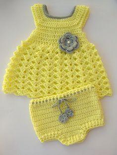 Vestido y pañales cubierta en crochet-Ideal para regalos de bebé y maternidad
